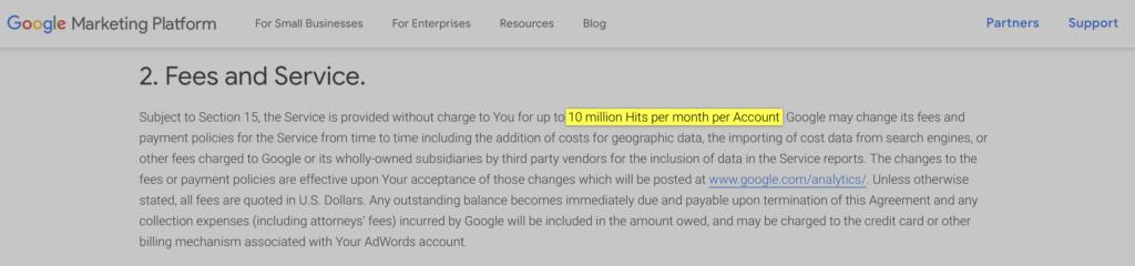 Termos de uso do Google Analytics destacando o limite mensal da versão gratuita